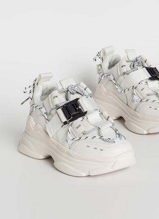 Tie Tie Again Strappy Sporty Sneakers