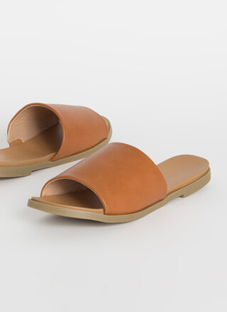 Going On Vacation Slide Sandals