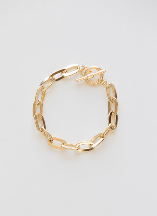Oh-So-Chic Cable Chain Toggle Bracelet