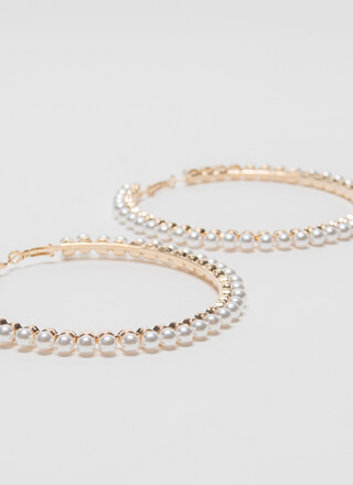Pearl Dive Oversized Hoop Earrings