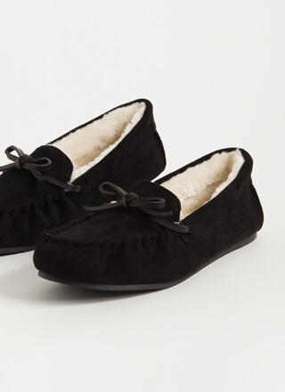 Bow For A Walk Trimmed Moccasin Flats