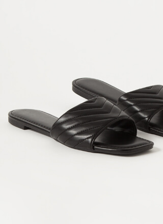 Pick Chevron Vegan Leather Slide Sandals