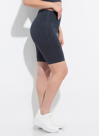 Warm Up High-Waisted Ribbed Biker Shorts