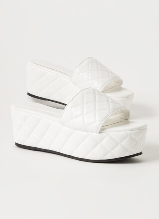 Thick Pic Quilted Platform Slide Sandals