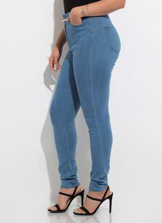 Blank Canvas High-Waisted Skinny Jeans