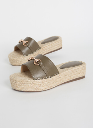 Linked Up Braided Platform Slide Sandals