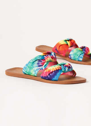 I'm Knot Home Tie-Dye Slide Sandals