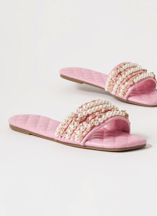 Chains Of Pearls Quilted Slide Sandals