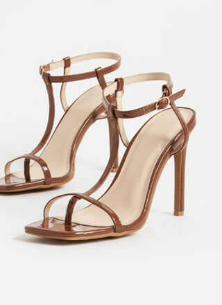 Fit To A T-Strap Faux Patent Thong Heels