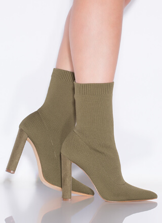 Socks Appeal Pointy Knit Booties