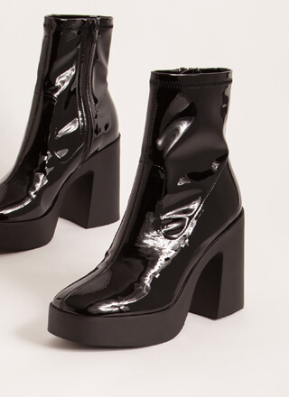 Go-Go Girl Chunky Faux Patent Booties