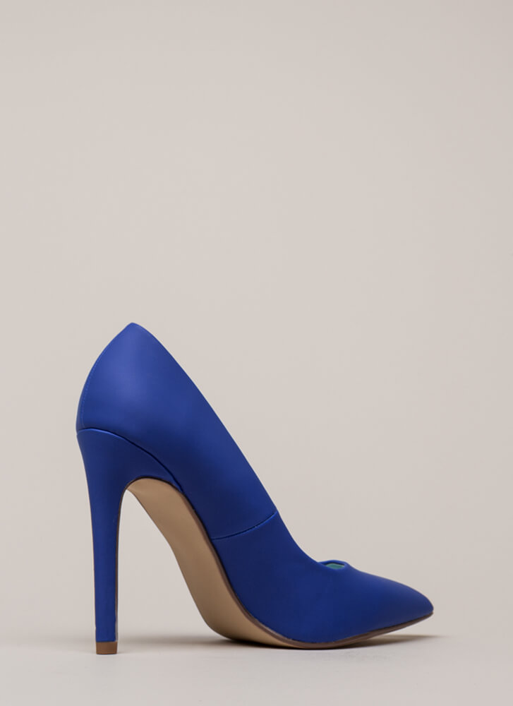 A-Game Pointy Faux Leather Pumps COBALT