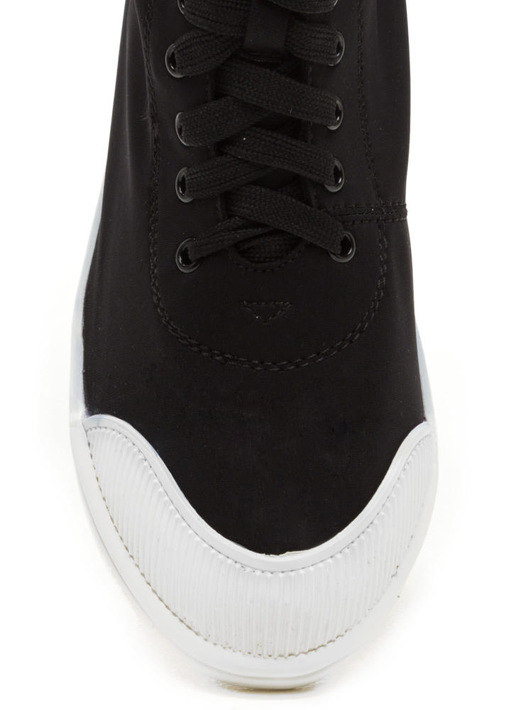 New School High-Top Sneakers BLACK