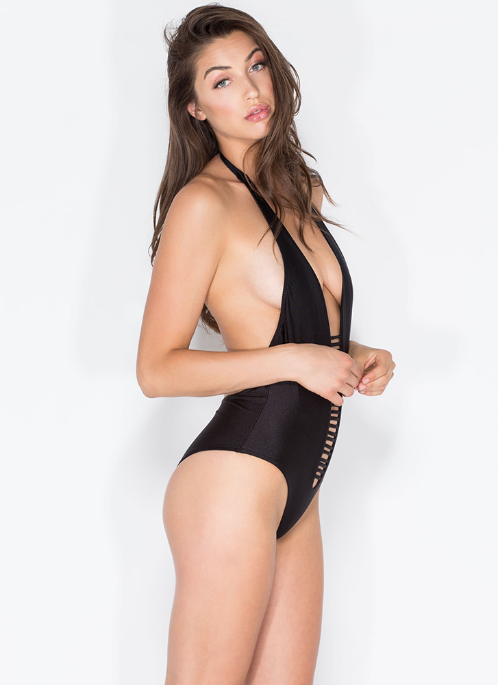 Body Goals Strappy One-Piece Swimsuit BLACK (Final Sale)