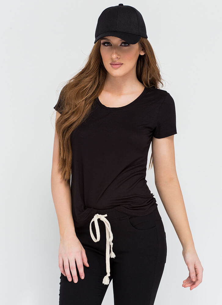 You Can't Go Wrong With A Simple Tee BLACK