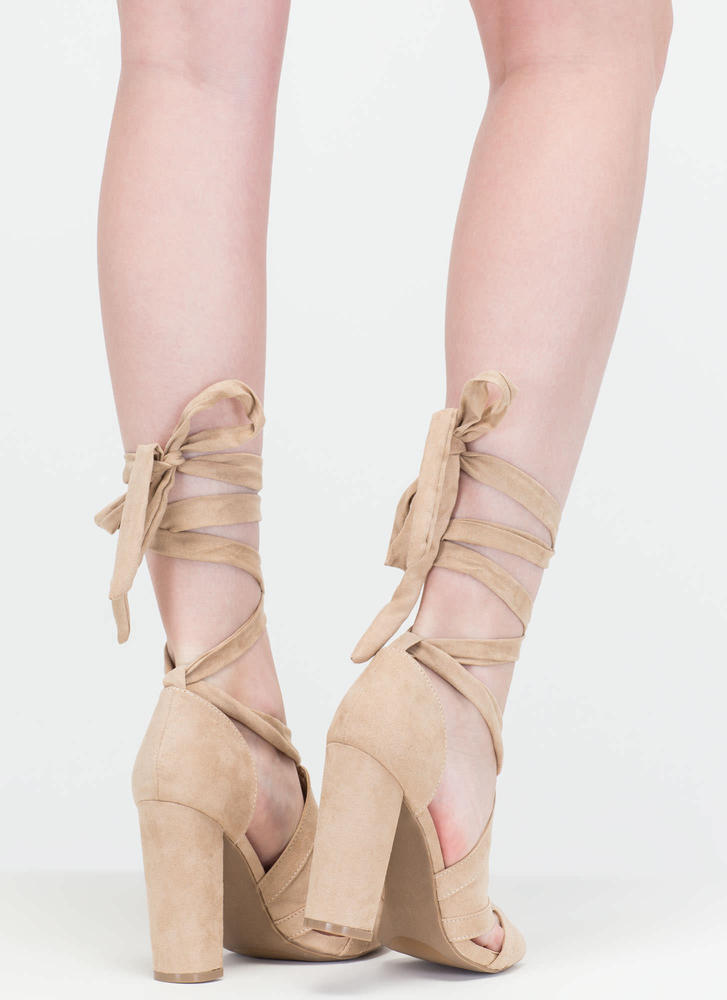 Totally To Tie For Lace-Up Chunky Heels NATURAL