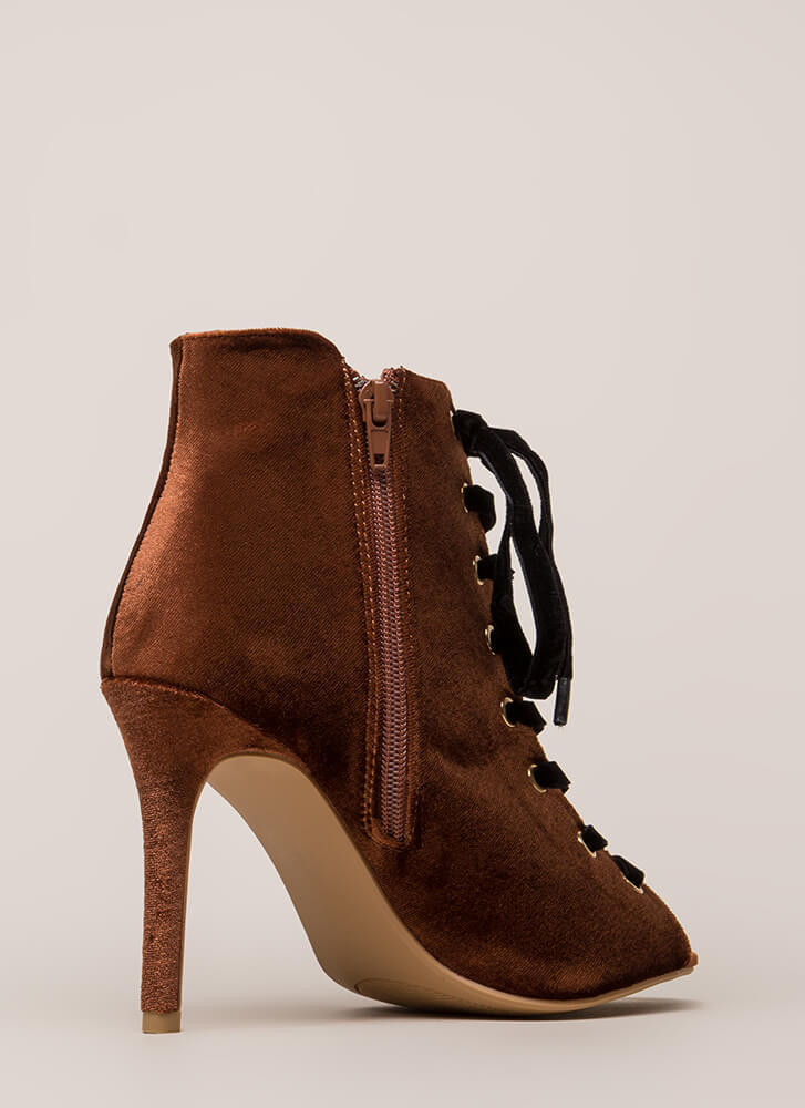 Luxe Good Lace-Up Peep-Toe Velvet Heels BROWN