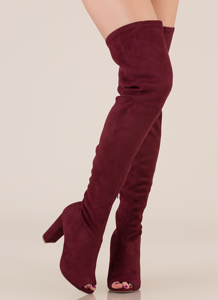 Sleek Preview Chunky Thigh-High Boots BURGUNDY