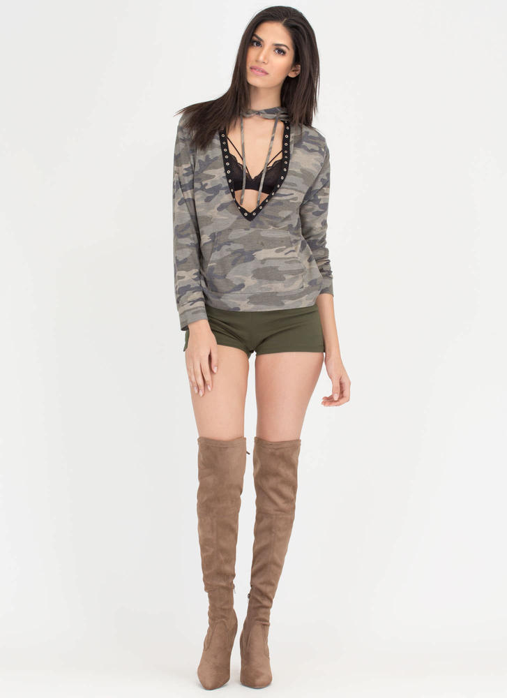Fashion Duty Plunging Camo Hoodie Top CAMOUFLAGE