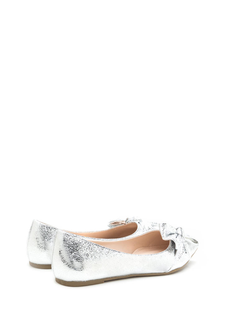 Bow So Chic Pointy Metallic Flats SILVER