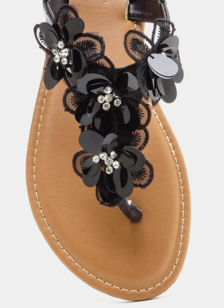 Pick Flowers Applique Thong Sandals BLACK