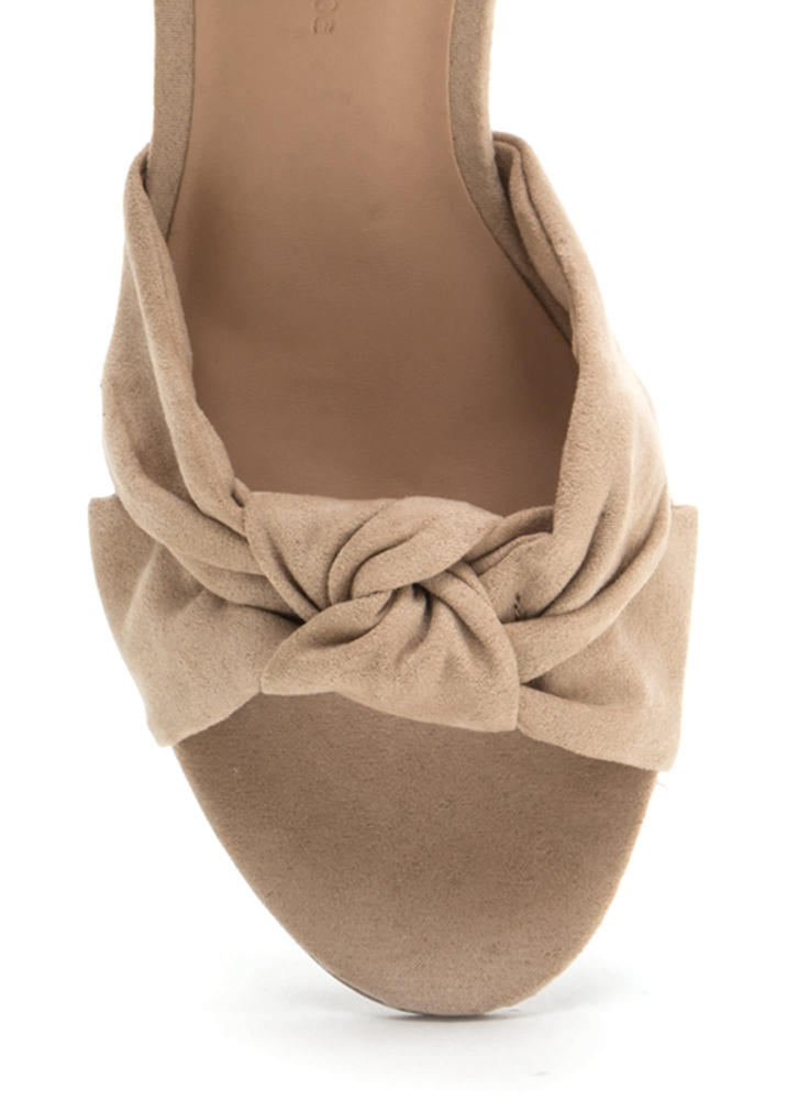 Knot So Bad Faux Suede Block Heels NATURAL