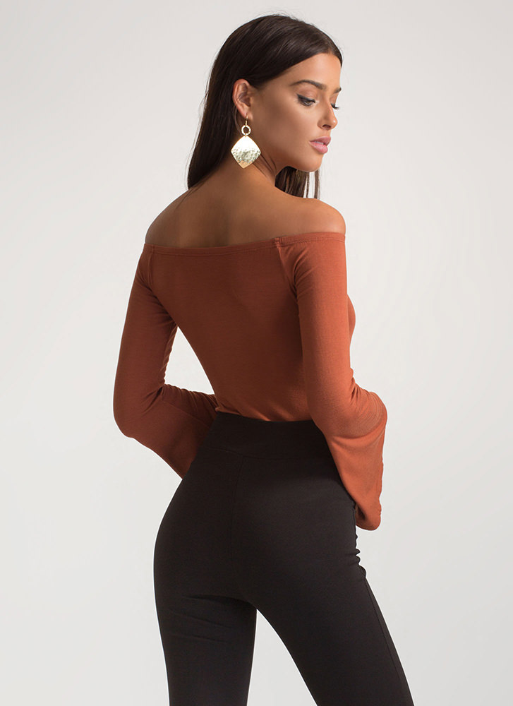 Bell Of The Ball Off-Shoulder Bodysuit TOBACCO