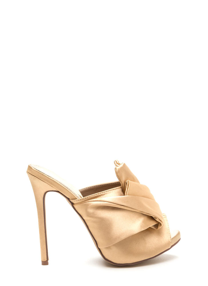 Satin With A Twist Knotted Mule Heels CHAMPAGNE