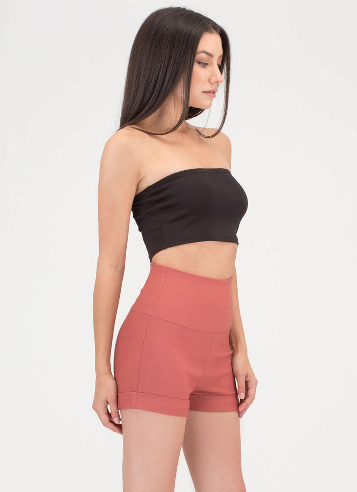 On A High-Waisted Cuffed Shorts MAUVE