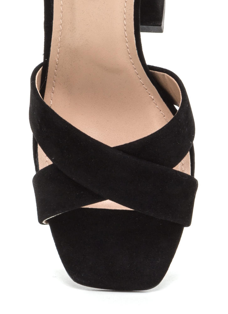 Cross Reference Chunky Strappy Heels BLACK