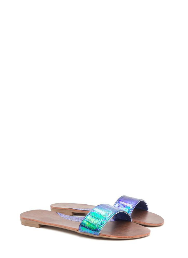 One And Done Snakeskin Slide Sandals GREEN