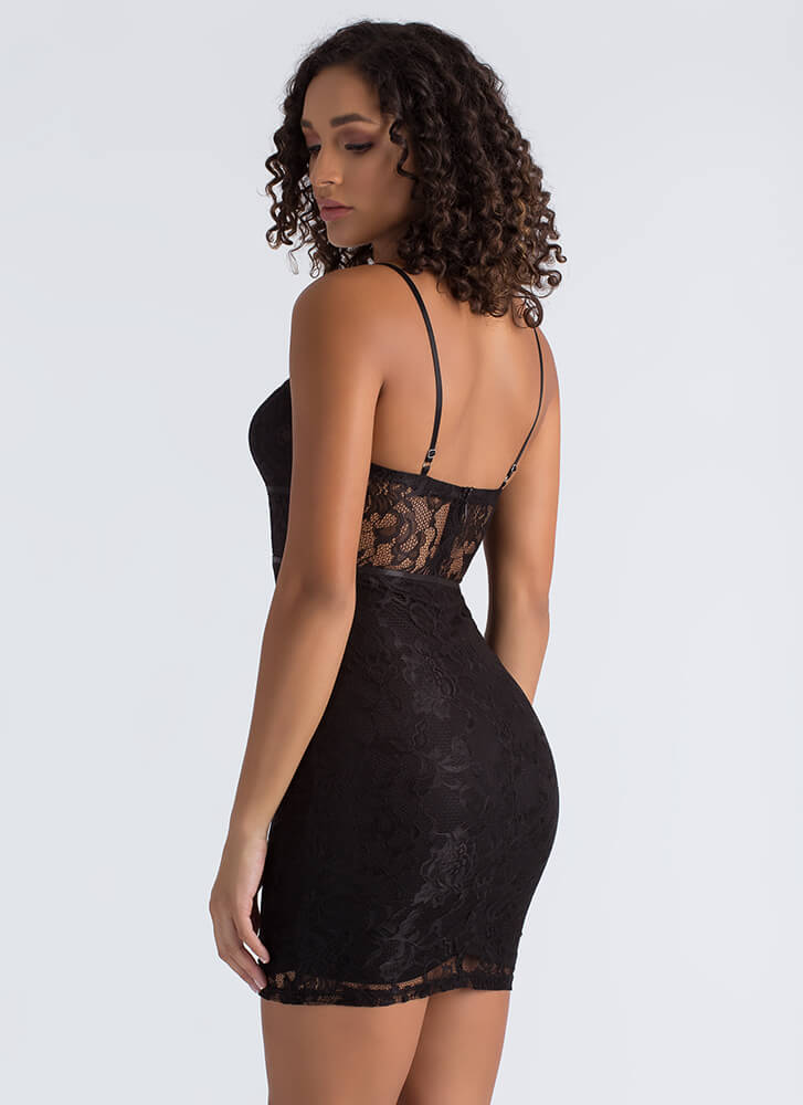 Piping Hot Mesh Inset Lace Dress BLACK