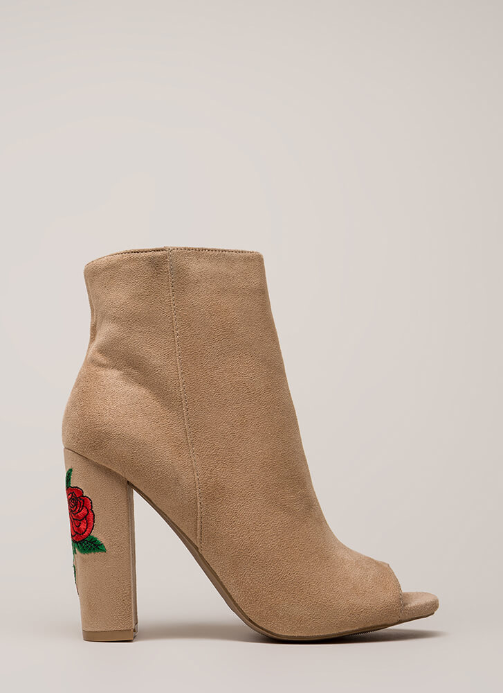 Rosy Escape Chunky Embroidered Booties NATURAL