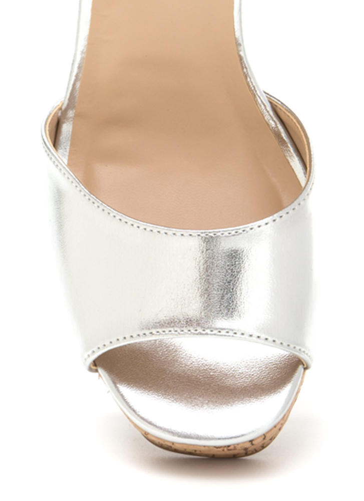 Seventies Queen Chunky Metallic Heels SILVER (Final Sale)