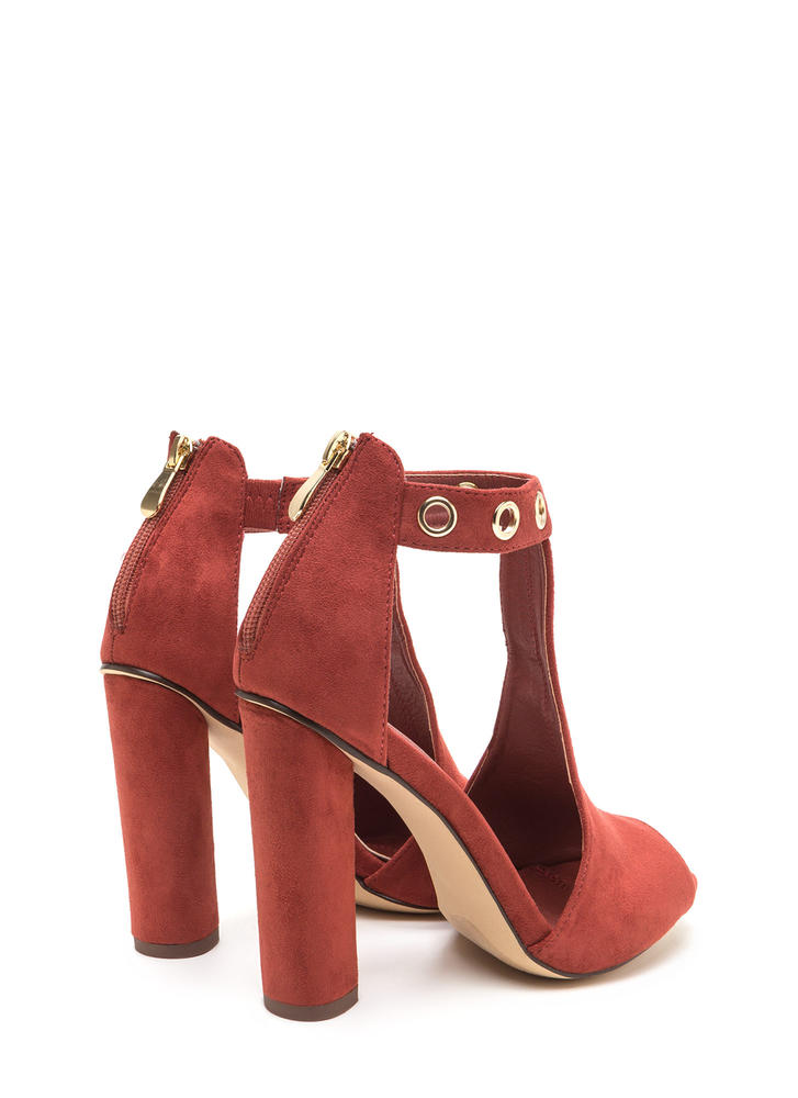 Hole-some Cut-Out Chunky Heels CINNAMON