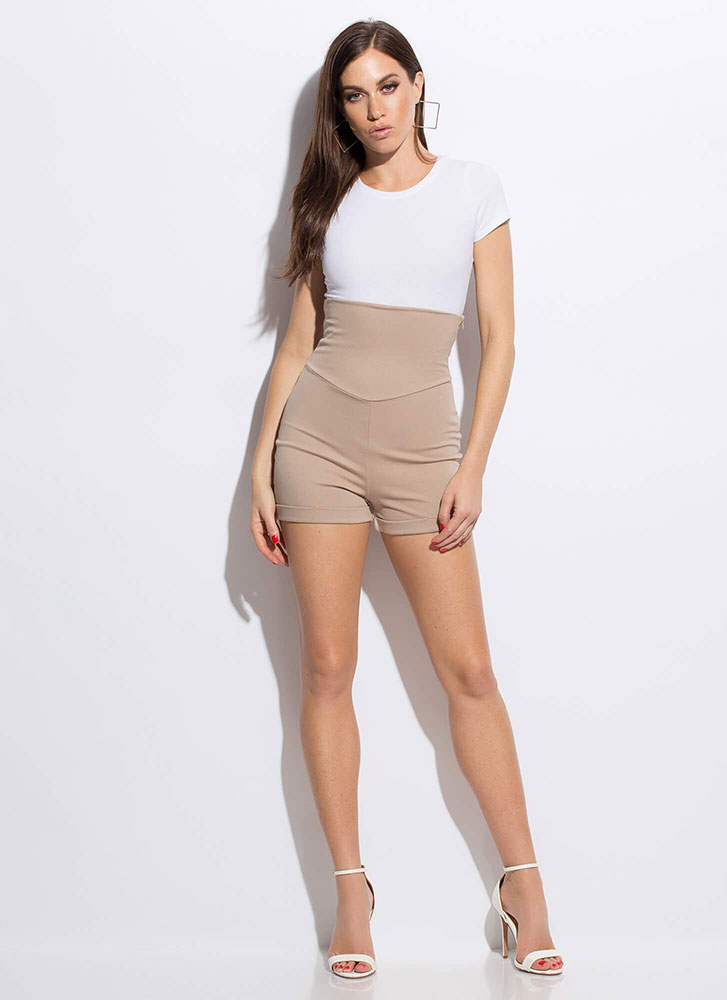 My Empire Extra High-Waisted Shorts KHAKI