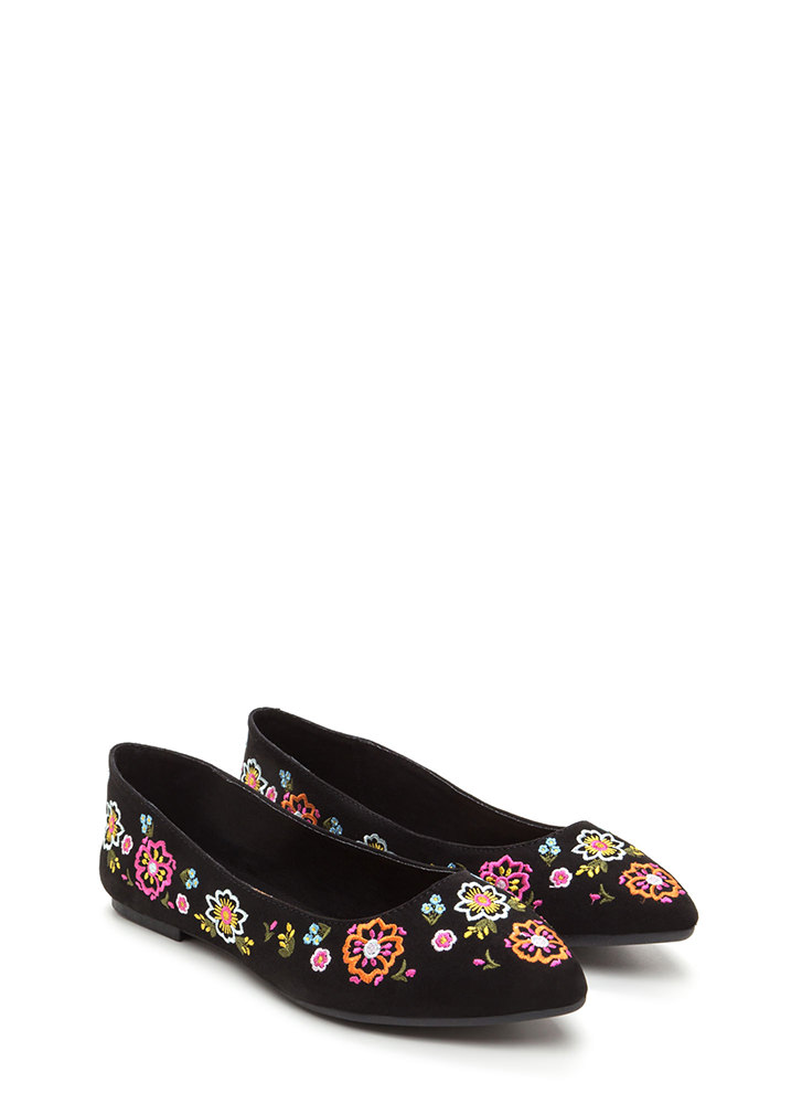 Code Thread Pointy Floral Flats BLACK