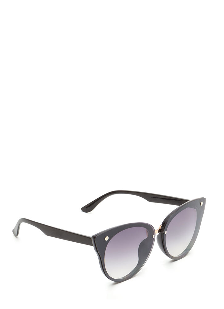 Behind These Cat Eye Sunglasses BLACKBLACK