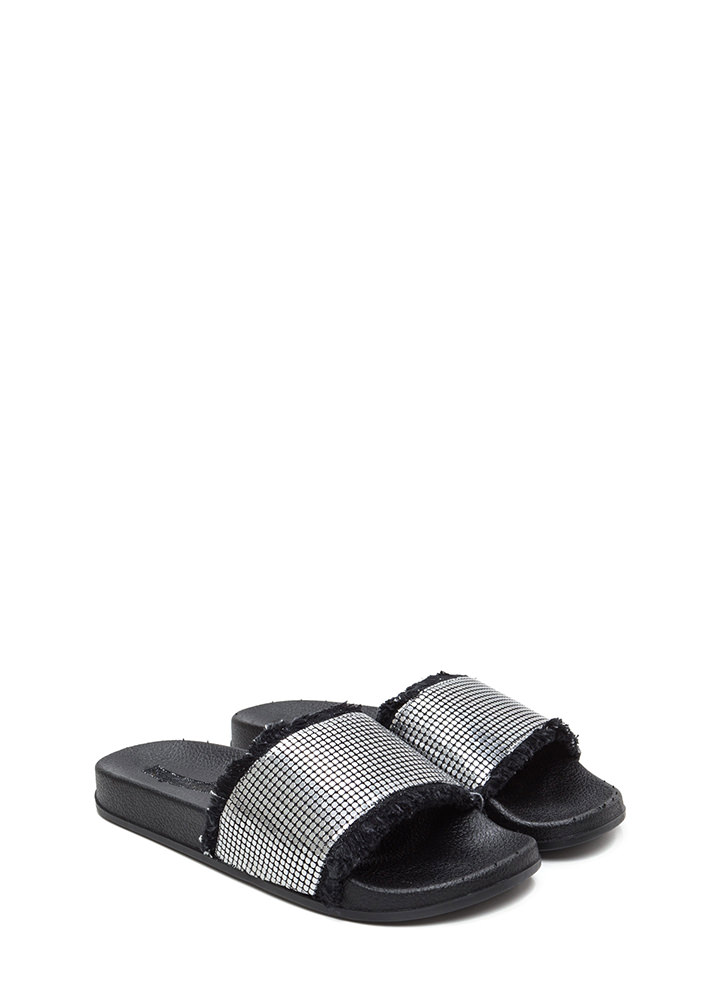 You've Got Chainmail Slide Sandals PEWTER