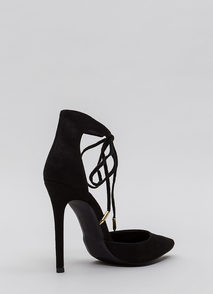 Point In The Right Lace-Up Heels BLACK