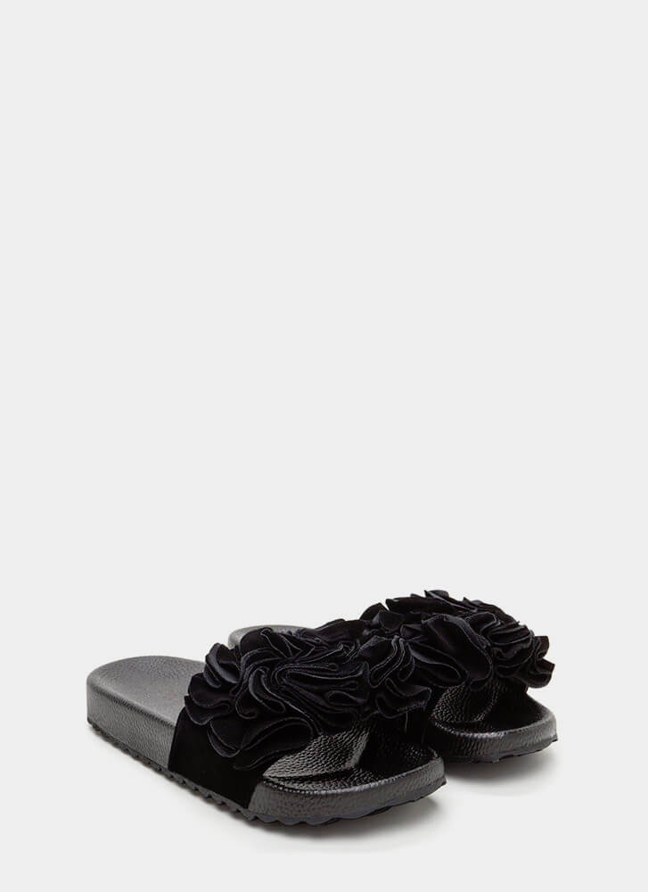 Coming Up Rosettes Slide Sandals BLACK
