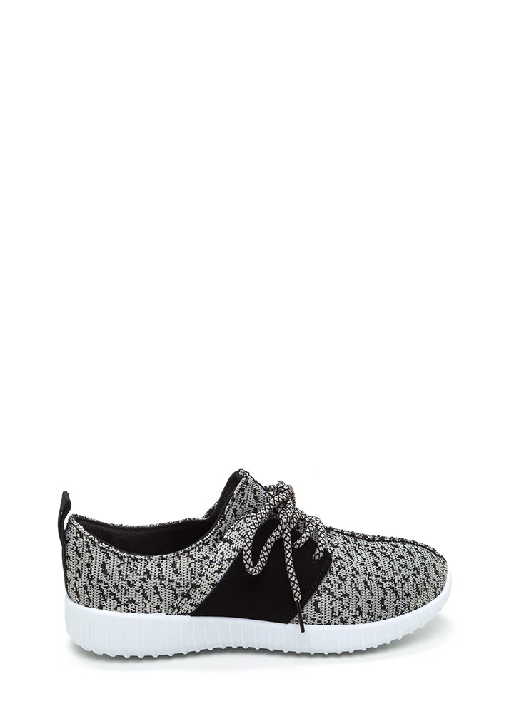 Run The World Knit Lace-Up Sneakers GREYWHITE