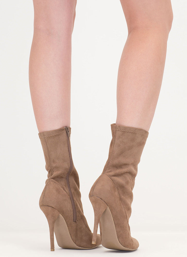 Stylish Point Faux Suede Booties TAUPE
