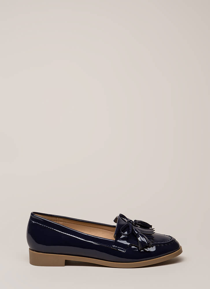 Bow-Getter Shiny Faux Patent Loafers NAVY