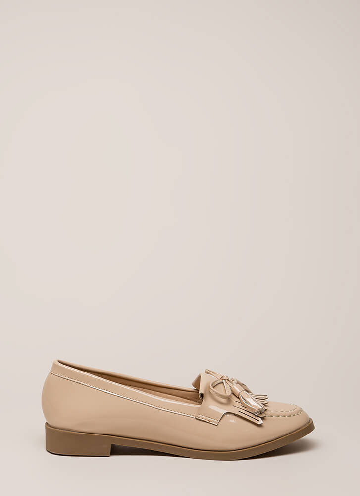 Bow-Getter Shiny Faux Patent Loafers NUDE