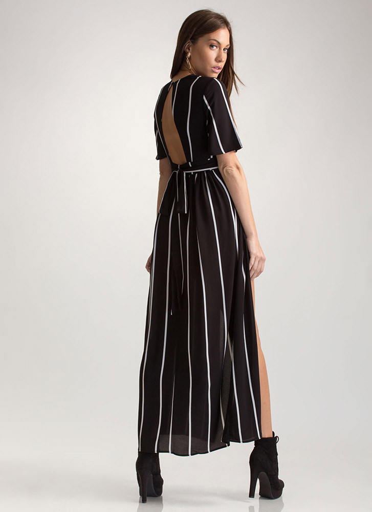 Chic Timeline Striped Plunging Maxi BLACKWHITE