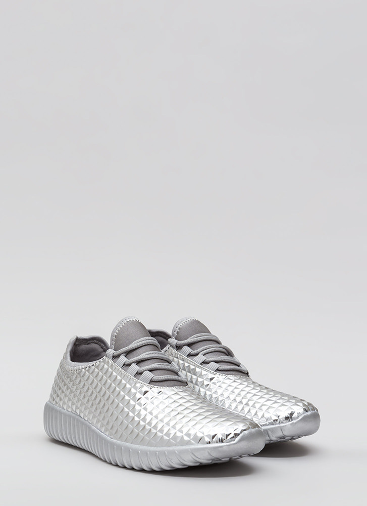 Pyramid Trek Metallic Sneakers SILVER