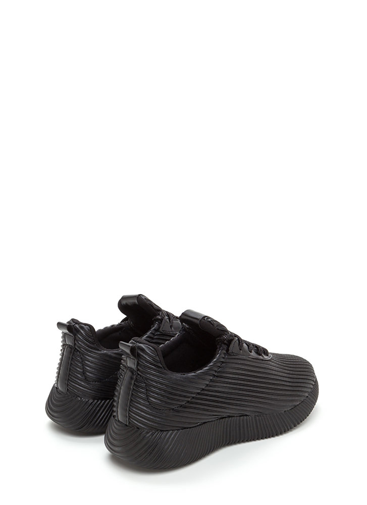 Curves And Ridges Faux Leather Sneakers BLACK
