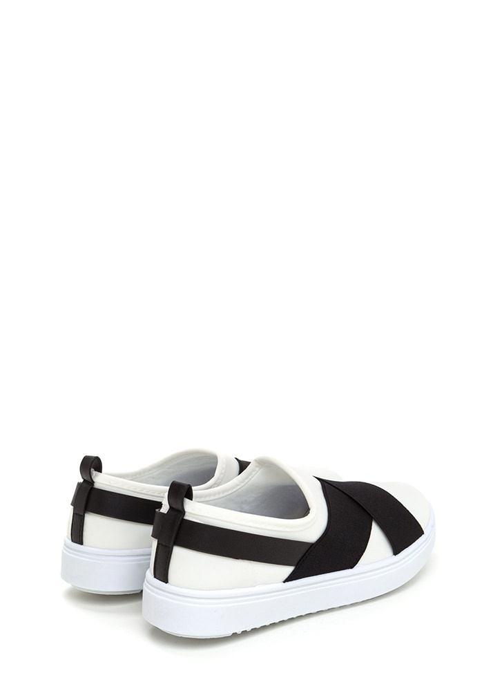 Crossover Act Banded Platform Sneakers WHITE