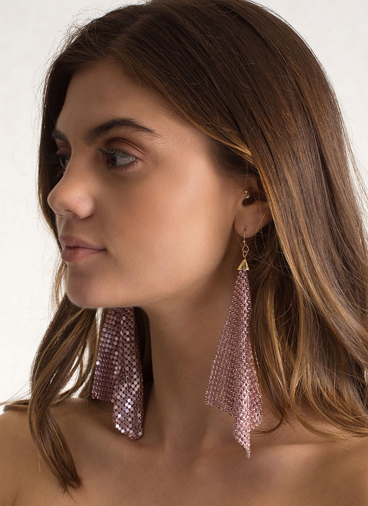 Shimmer Away Square Chainmail Earrings PINK
